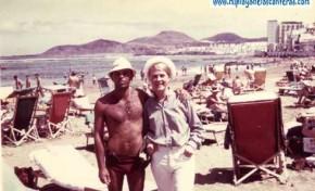 Momo y turista