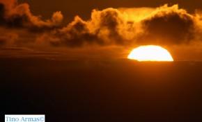 El sol sobre el horizonte