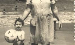Con la abuela 1967-colecc.familia Báez