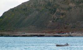 A la pesca en la Bahía del Confital