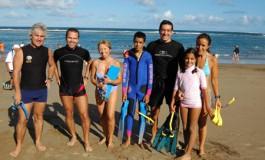 Los expedicionarios de nuestra 2 excursión con gafas y tubos preparados para la nadada.