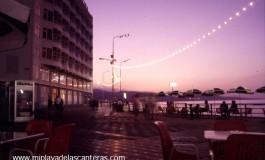Atardecer en Playa Chica -sobre 1988-1990-.