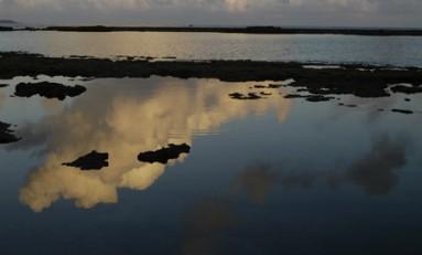 Llegan las primeras nubes -cargaditas- de agua, estas pasaran de largo.....