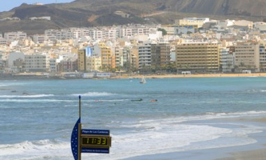 Playa de Las Canteras a las 11.33 AM.