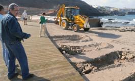 La inspección arqueológica del Cabildo Insular ordena parar parte de las obras de El Confital ( Ver actualidad).