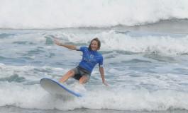Ya están los -Erasmus- disfrutando de la playa de Las Canteras.
