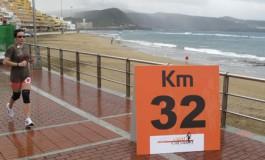 Todo listo para que este domingo el paseo de Las Canteras alberge parte del recorrido de la Maratón de Gran Canaria.