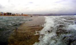Sube la marea en La Barra ( Foto. Sara Acosta).