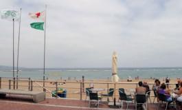 La mejor playa de España ya no luce la Bandera Azul en su mástil.