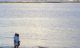 Que bueno empezar la semana con un paseo por la orilla.