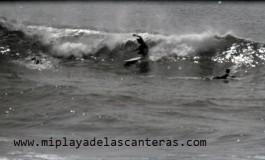 Surf en blanco y negro, sobre 1980- colecc. Familia Zanolety.