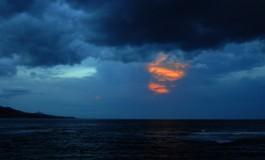 Lunes de tormenta, amanece.