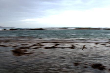 El invierno entra con frío mañanero y mala mar.