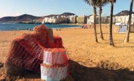 Escultura de arena a medio construir (Foto: Efraín Castellano).