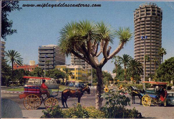 Tartanas en el antiguo Parque de Santa Catalina, sobre 1975.