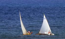 Regata de barquillo canario en la Bahía de El Confital. #FelizDíaDeCanarias