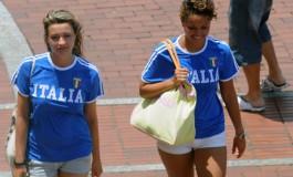 El paseo se llena de pasión futbolera/ Italia.