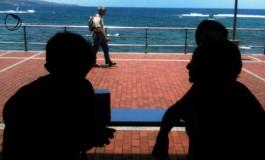 Sombras con vistas al mar.