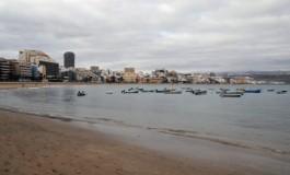 Domingo temprano, playa tranquila.