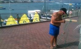 Los pescadores celebran trabajando el día de su patrona.