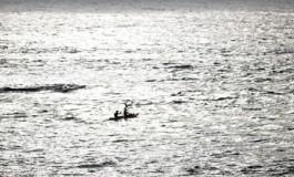 Sobre el mar.