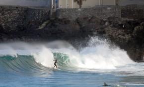 La ola surfera de Los Nidillos