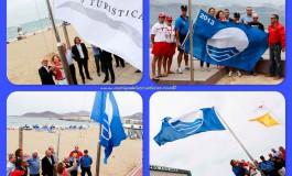 Banderas azules al viento.