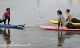 Escuela de surferas.