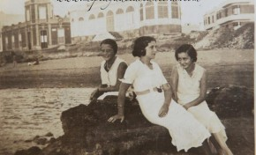 Ángeles Cassasa Bravo de Laguna, Mª Teresa Cassasa Bravo de Laguna y Margarita Reina Cassasa en el Peñón, sobre 1930