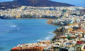 """La Playa de Las Canteras: """"La gran terapeuta de nuestra ciudad"""""""