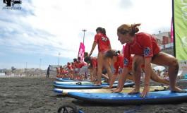 Reportaje Fotográfico- El pasado fin de semana se celebró el RIP CURL GILRS en la playa de La Cicer.