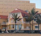 """Edificios protegidos del entorno de la playa de Las Canteras 2 de 8 : """"Edificio José Mesa y López"""""""