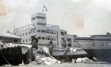 """Edificios protegidos del entorno de la playa de Las Canteras 3 de 8: """"Club Victoria"""""""