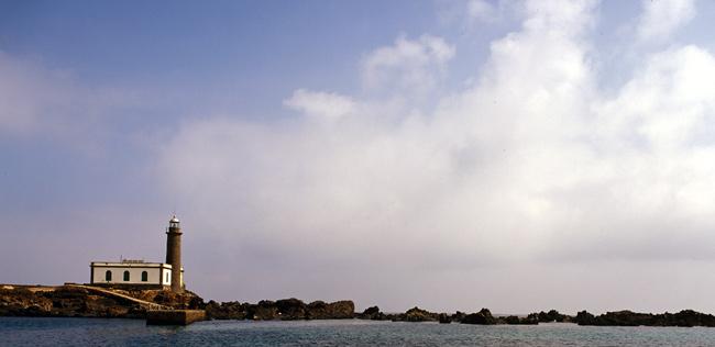 Faros de las Islas Canarias. Islas de El Hierro, La Gomera y La Palma