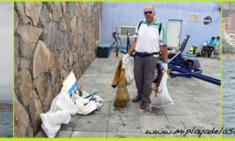 Sábado 8, día de gran actividad en la bahía: Actividades por el Día Mundial de Los Océanos, regatas de barquillos y de cruceros. FOTOS.