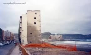 Así se construyó el paseo de Las Canteras en la playa de La Cicer. Fotos.
