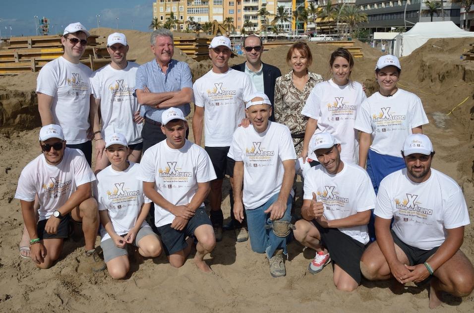 Cinco escultores de España, Rusia, Italia y Turquía modelarán 2000 toneladas de arena para hacer el Belén de Arena/El Belén se inaugurará el 4 de diciembre