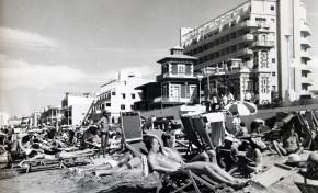 1971 en la playa de Las Canteras
