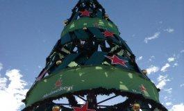 La marca que esponsoriza el árbol navideño lo modifica tras oír a los ciudadanos