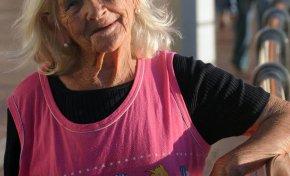 Ha muerto Mami, la vendedora de búhos y budas querida por tod@s