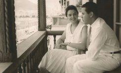 Laureano y Nena, dos enamorados asomados a Las Canteras. 1958