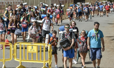 3000 scouts recorrerán este domingo el paseo de Las Canteras a ritmo de batucada
