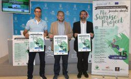 Ayuntamiento y la Universidad impulsan estrategias de turismo sostenible para los destinos surferos
