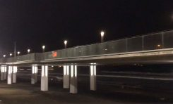 Así es la iluminación de la pasarela