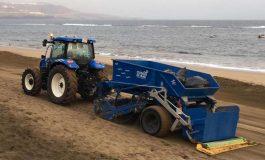 Ciudad de Mar prueba pasando solo dos veces por semana la cribadora que limpia la arena