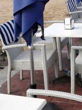 ¿Te parece correcto que los restaurantes te cobren un suplemento por servirte en las terrazas del paseo?