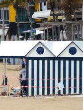 Se arreglan las casetas de las hamacas
