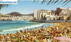 La playa de Las Canteras en el boom turístico