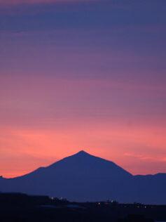 El Teide en rojo