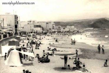 La playa en los 65-colecc. familia Baéz
